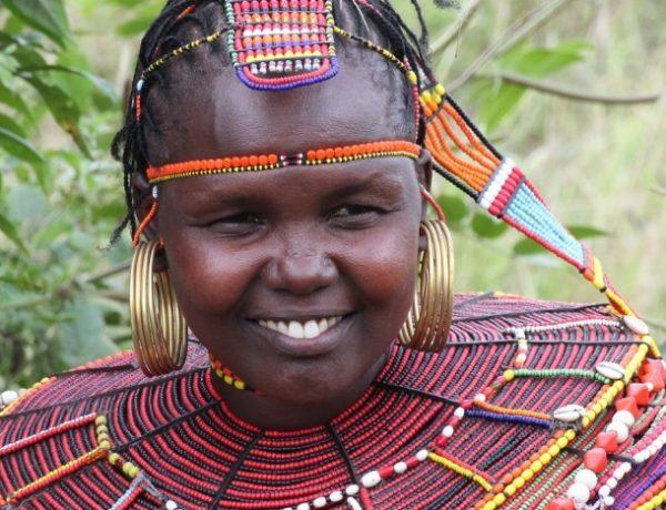 Indigenilor le este interzis sa foloseasca pamantul